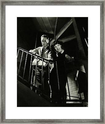 Leslie Howard And Peggy Conklin Leaning Framed Print by Lusha Nelson