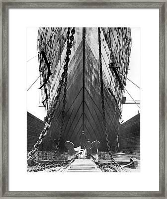 Leviathan In Boston Dydock Framed Print by Underwood Archives