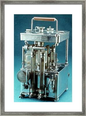 Lewis Intratracheal Apparatus Framed Print by Science Photo Library