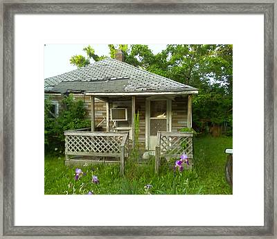 Framed Print featuring the photograph Life Goes On by Fortunate Findings Shirley Dickerson