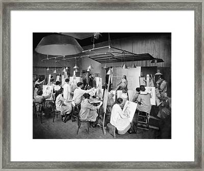 Life Studies At Art School Framed Print by Underwood Archives