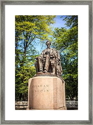 Lincoln Head Of State Statue In Chicago Framed Print by Paul Velgos