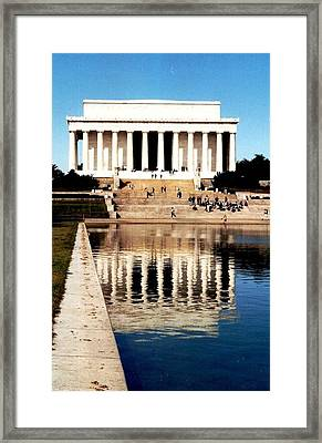 Framed Print featuring the photograph Lincoln Memorial by Daniel Thompson