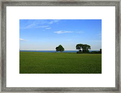 Framed Print featuring the photograph Listening To The Breeze  by Neal Eslinger