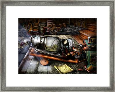 Little Mouse And The Moon Framed Print by Alessandro Della Pietra