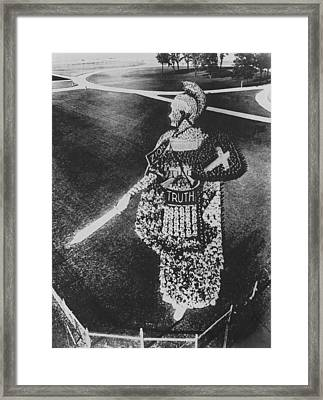 Living Figure Of Zion Framed Print by Underwood Archives