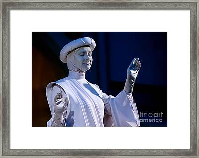 Living Statue Las Vegas  Framed Print by Amy Cicconi