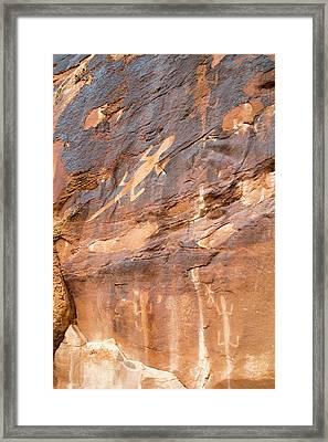 Lizard Petroglyphs On Sandstone Framed Print