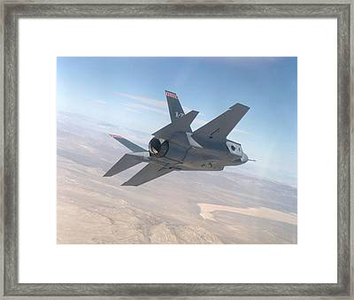 Lockheed Martin F-35 Joint Strike Fighter Upsized Framed Print by L Brown