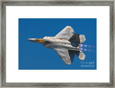 Lockheed Martin F22a Raptor Framed Print by Paul Fearn