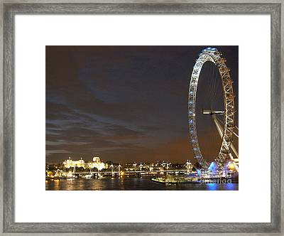 London Eye Framed Print by Andrea Anderegg