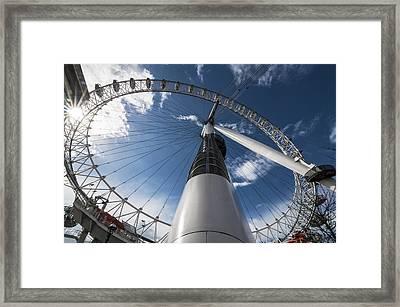 London Eye Framed Print by Enrico Della Pietra