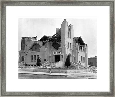 Long Beach Earthquake Framed Print by Underwood Archives