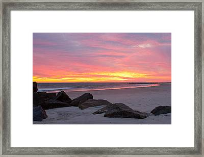 Framed Print featuring the photograph Long Beach Sunset by Jose Oquendo
