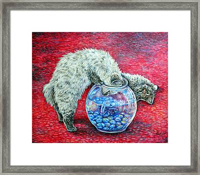 Lookin For Some Betta Kissin Framed Print by Gail Butler