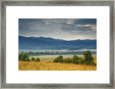 Looking To The Mountains Framed Print by Andrew Soundarajan