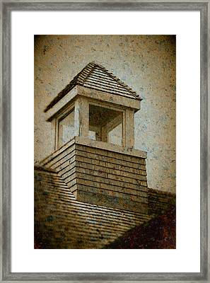 Framed Print featuring the photograph Lookout by WB Johnston