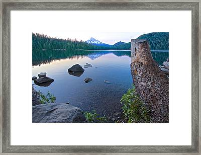 Framed Print featuring the photograph Lost Lake Morning 81014b by Todd Kreuter