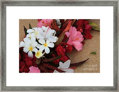 Lovers In Paradise Framed Print by Sharon Mau