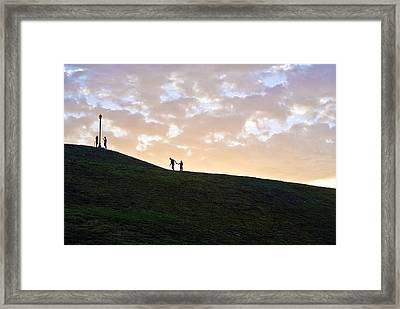 Framed Print featuring the photograph Lovers On Federal Hill At Dusk by Toni Martsoukos
