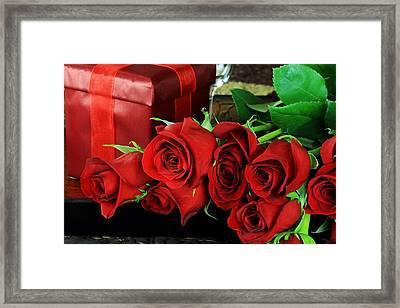 Lovers Roses For Christmas Framed Print by Doc Braham