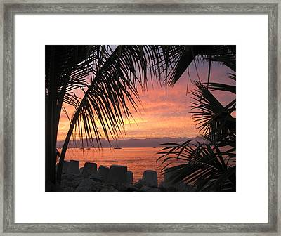 Loving La Cruz Framed Print