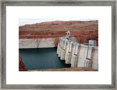 Low Water Levels In Lake Powell Framed Print