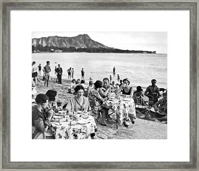 Lunch On Waikiki Beach Framed Print by Underwood Archives