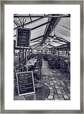 Lunch Spot Framed Print by Georgia Fowler