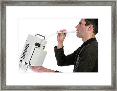 Lung Capacity Test Framed Print by Crown Copyright/health & Safety Laboratory Science Photo Library
