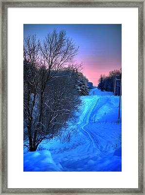 Lwv50008 Framed Print