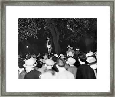 Lynching Of A Murderer Framed Print by Underwood Archives