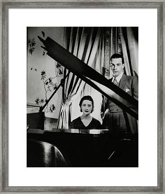 Lynn Fontanne And Alfred Lunt At A Piano Framed Print
