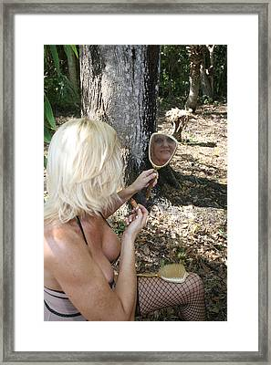 Lynnie 2389 Framed Print