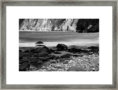 Lynton And Lynmouth Coast Framed Print by Lesley Rigg