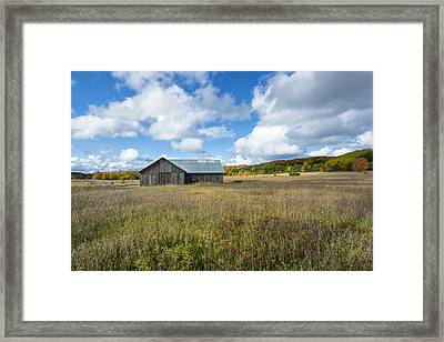 M22 Barn On A Sunny Day Framed Print by Gej Jones
