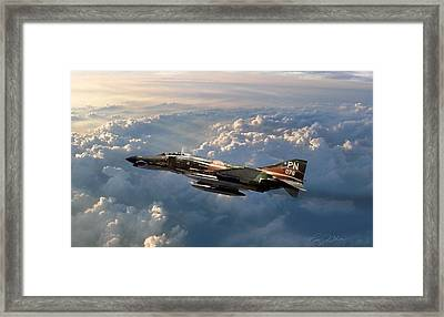 Mack The Knife Framed Print by Peter Chilelli