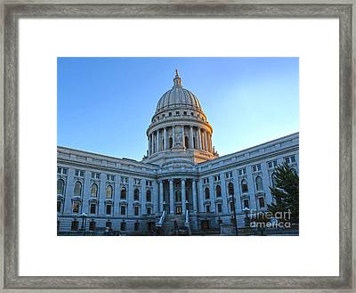 Madison Wisconsin Capitol Building - 02 Framed Print by Gregory Dyer