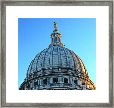 Madison Wisconsin Capitol Building - 03 Framed Print by Gregory Dyer