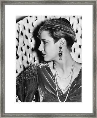 Mae Clarke, Photo Taken May 10, 1933 Framed Print by Everett