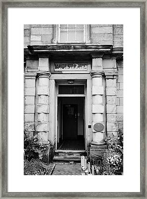 Magistrates Entrance Ormskirk Magistrates Court Lancashire England Uk Framed Print by Joe Fox