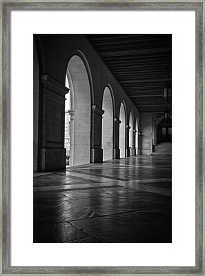 Main Building Arches University Of Texas Bw Framed Print by Joan Carroll