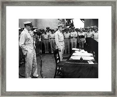 Mamoru Shigemitsu Signs Surrender, 1945 Framed Print by Science Source