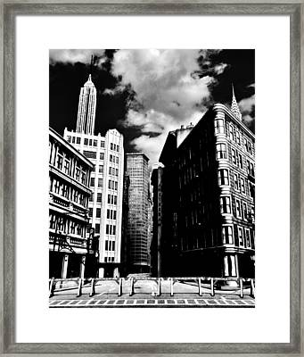 Manhattan Highlights B W Framed Print by Benjamin Yeager