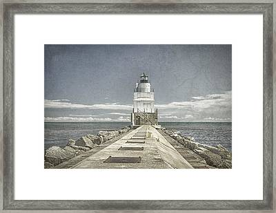 Manitowoc Breakwater Lighthouse II Framed Print