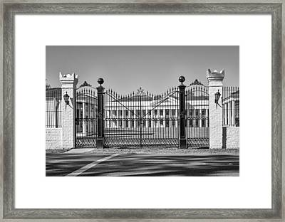 Manresa House Of Retreats Bw Framed Print