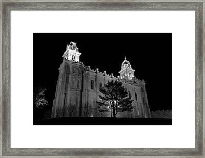 Manti Temple Black And White Framed Print by David Andersen