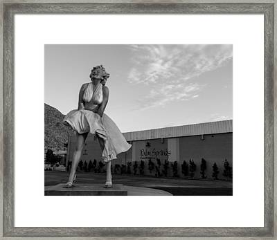 Marilyn In The Morning Bw Framed Print by John Daly