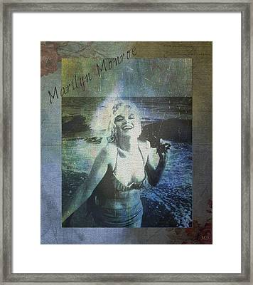 Marilyn Monroe At The Beach Framed Print