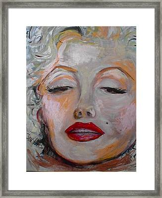 Marilyn With The Red Lips Framed Print